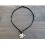 CT43 Collier Tibétain Symbole Om